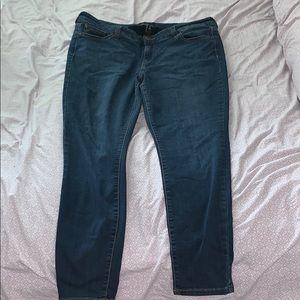 HIGH QUALITY celebrity pink skinny jeans size 18 !